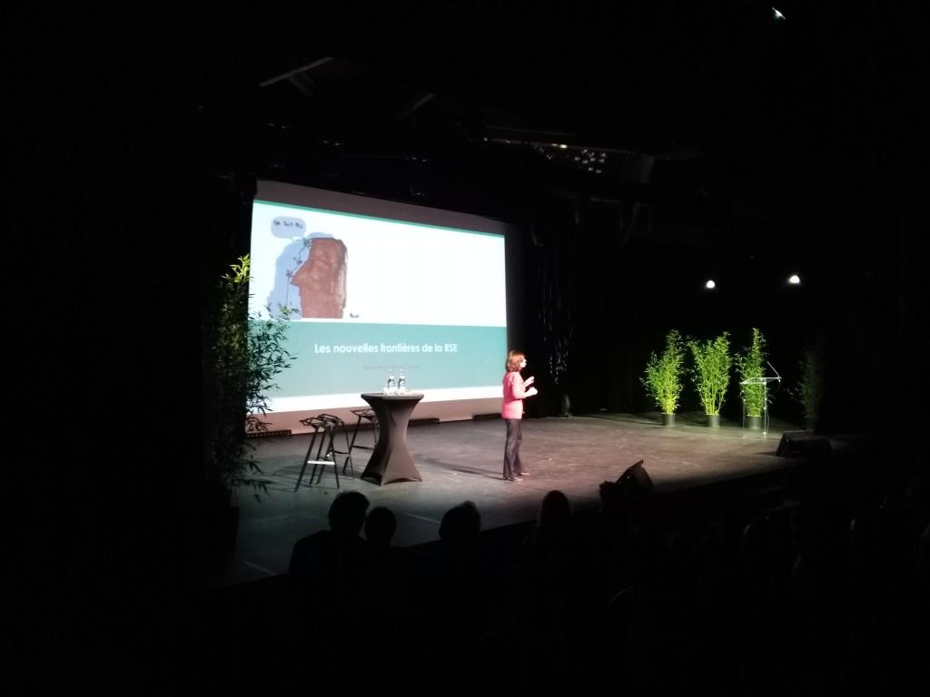 Animation de conférence intervention de personnalité Paris